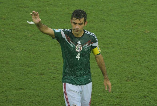 Brasil 2014 significó la cuarta Copa del Mundo para el defensa surgido en el Atlas, que en la imagen festeja el triunfo sobre Camerún por marcador de 1-0 en la cita celebrada en territorio sudamericano