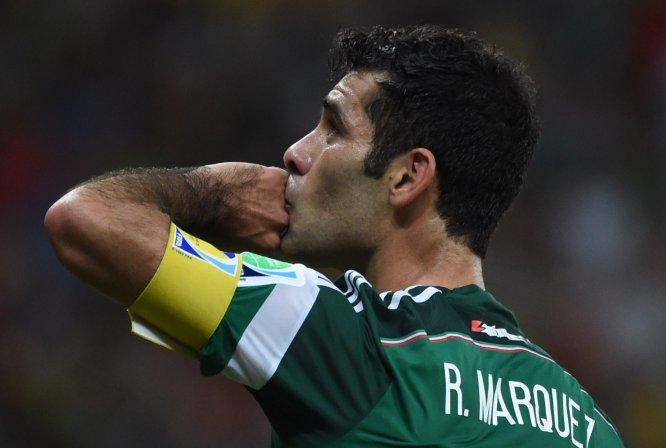 El káiser de Michoacán celebra la anotación que logró ante Croacia en el último juego del Tri en la primera fase de Brasil 2014. Aquel lunes 23 de junio, México derrotó 3-1 al conjunto europeo