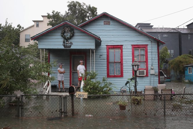 "Harvey,tormenta tropical,Texas: ""Harvey"" paraliza a Texas"