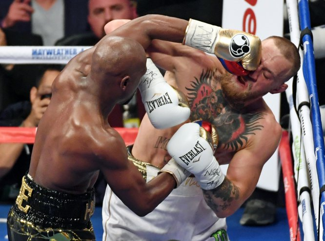 Mayweather se despide del box con un claro triunfo sobre McGregor