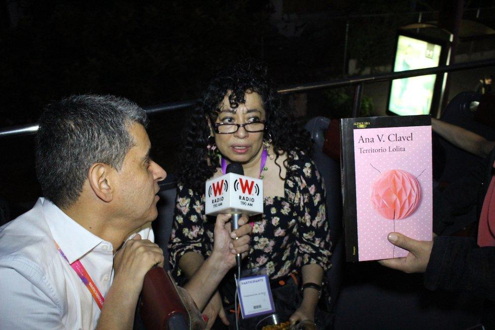 El WBus se engalanó con unos autores invitados especiales