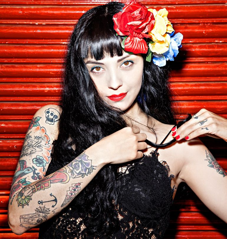 Sailor Moon, anime, Mon Laferte, Música, Chile: Sailor Moon Laferte