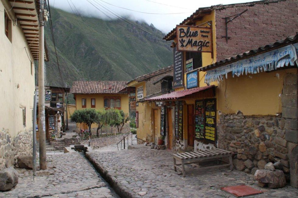 Es el panorama que se vive en Ollantaytambo, en el Valle Sagrado del Cusco, el mayor centro turístico del Perú