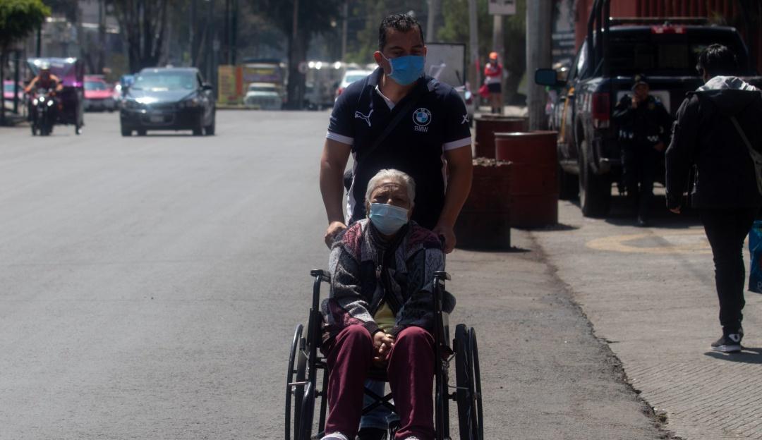 México supera 304 mil casos de COVID-19 y 35 mil muertes