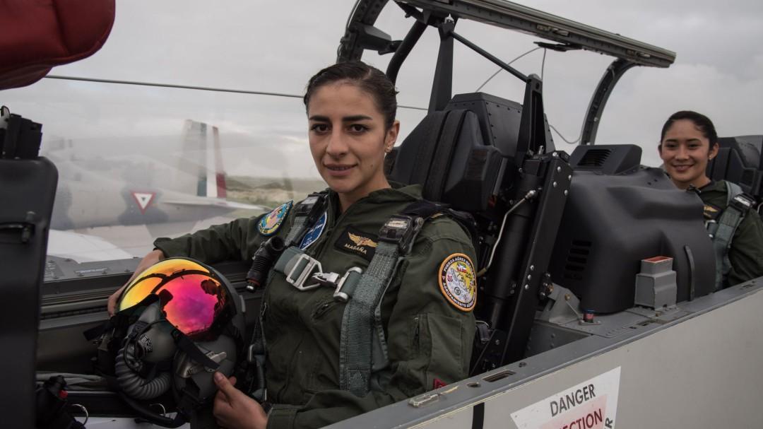 Ellas son las mujeres que pilotean en la Fuerza Aérea en cielo mexicano