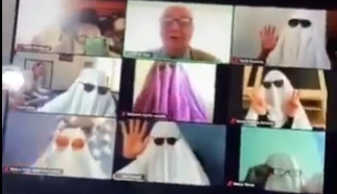 Tik Tok: Alumnos asustan a profesor vestidos de fantasmas durante clase en línea | Sociedad | W Radio Mexico