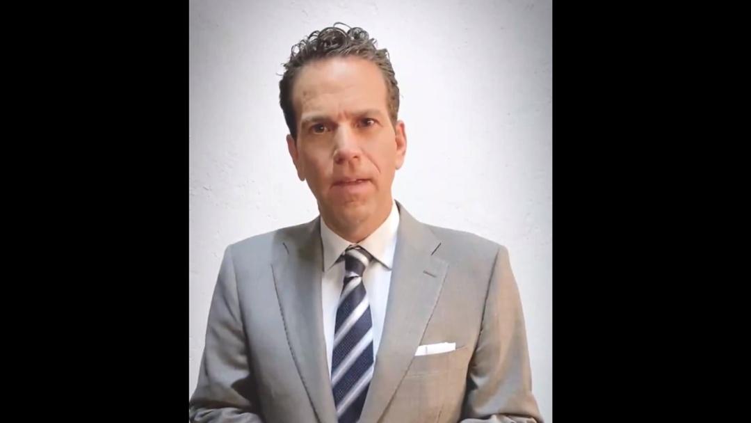 Carlos Loret comparece por caso Florence Cassez