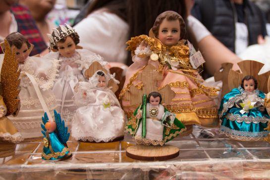 Las monjas tenían la tradición de vestir a los Niños Dios para presentarlos en la iglesia