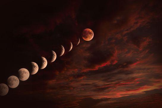 """El primer eclipse lunar total del año, también conocido como """"luna de sangre"""" será visible en México."""