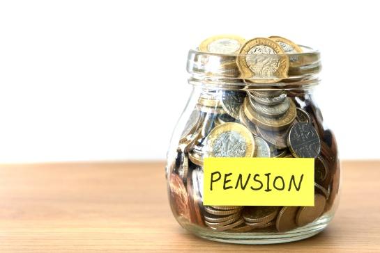 El asegurado puede determinar el monto de las aportaciones voluntarias para alcanzar el número de cotizaciones mínimas para el retiro