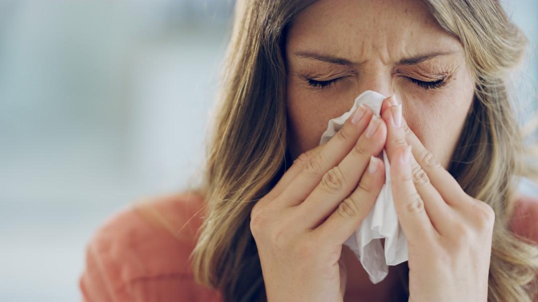 COVID-19: Si estás vacunado, estos pueden ser los síntomas si te contagias