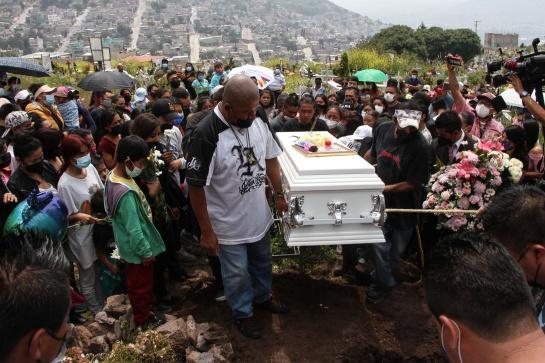 DESLAVE CERRO DEL CHIQUIHUITE: Encuentran cuerpos de Paola y Dilan en el Cerro del Chiquihuite